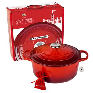Le Creuset Canada 150 Maple Leaf Round French Oven - Red